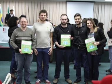 Integrantes do CTA no lançamento do Manual de Acessibilidade em Documentos Digitais