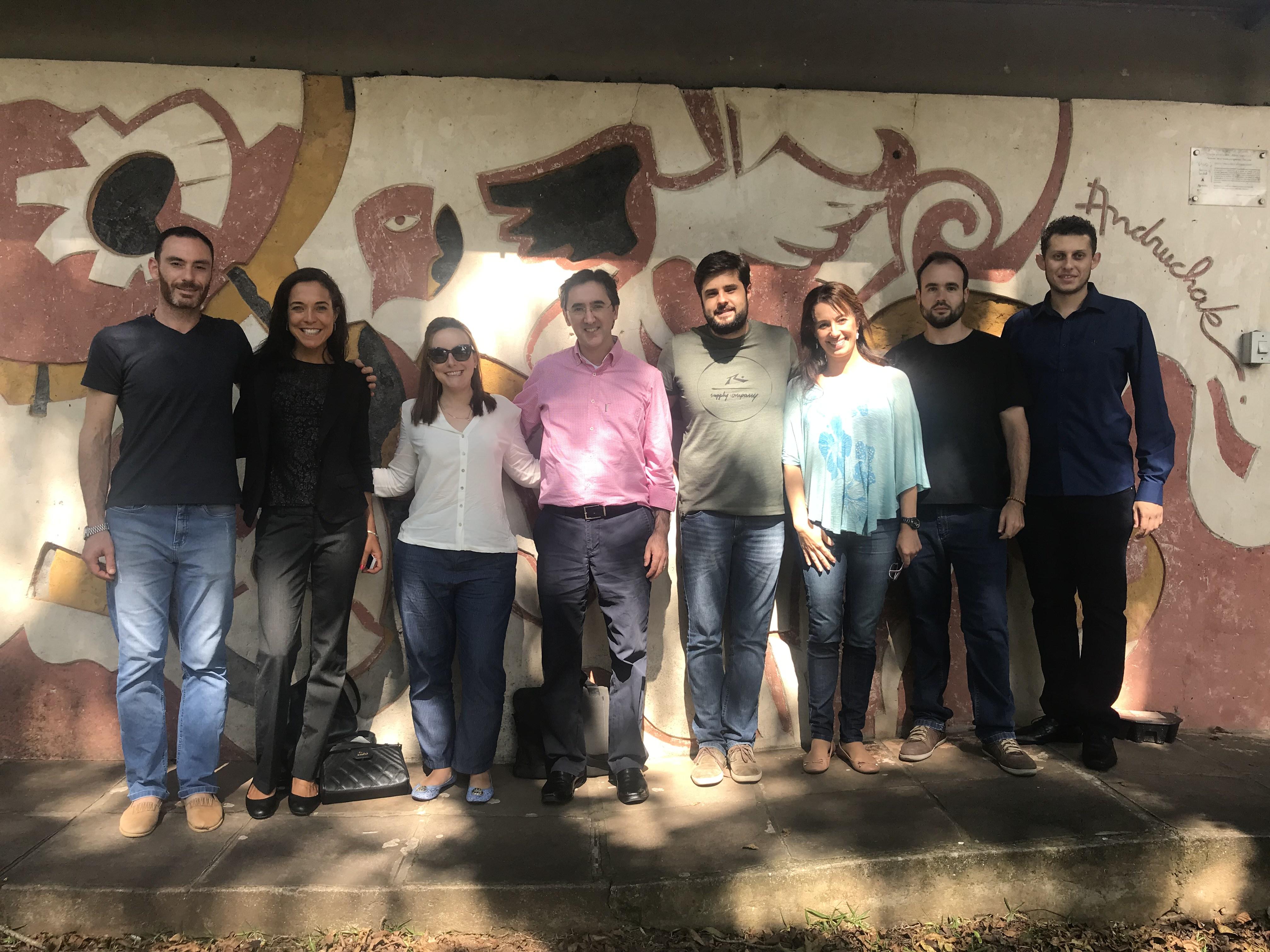 Integrantes da equipe da UFCSPA e do CTA do IFRS